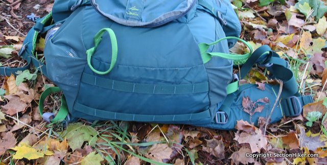 Daisy chains along the base of the pack make it possible to last a tent or sleeping bag underneath.