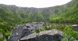 Floor and headwall of King Ravine